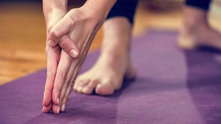 Yoga Handstellung